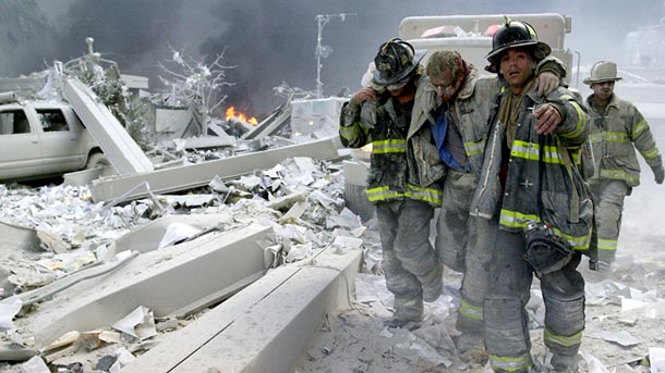september-9-11-attacks-anniversary-ground-zero-world-trade-center-pentagon-flight-93-firefighters-rescuing_40008_610x343
